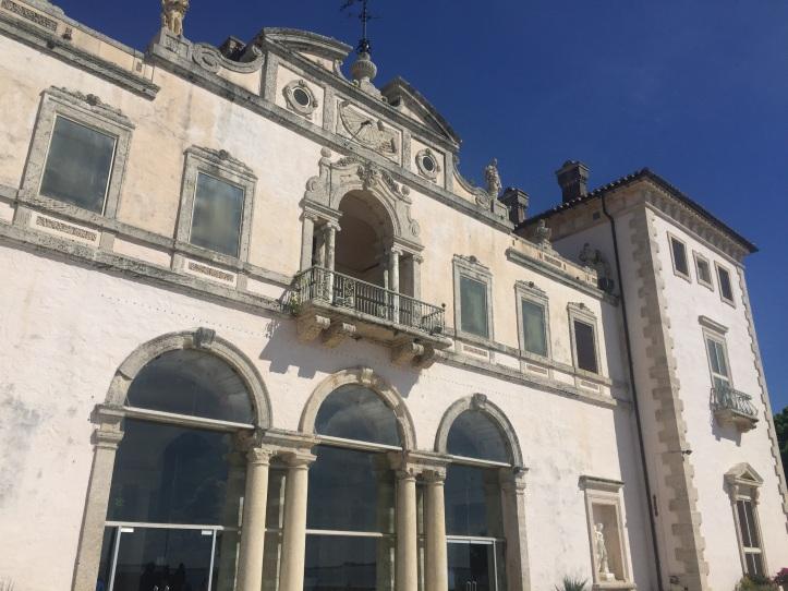 Vizcaya Gardens - House