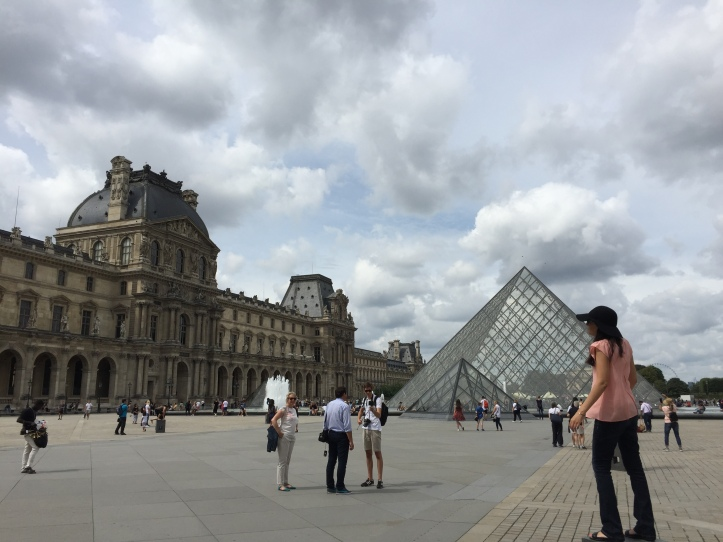One Day In Paris - The Louvre