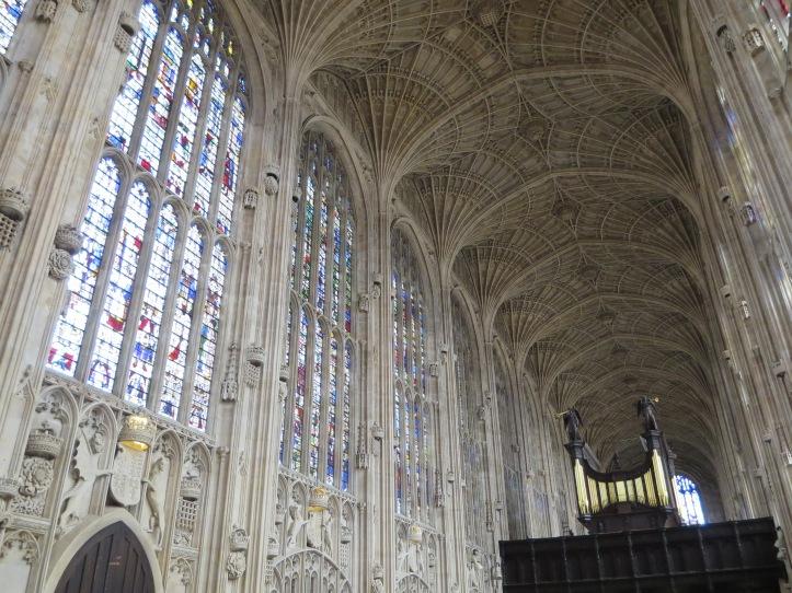 Cambridge: Day Trip to London