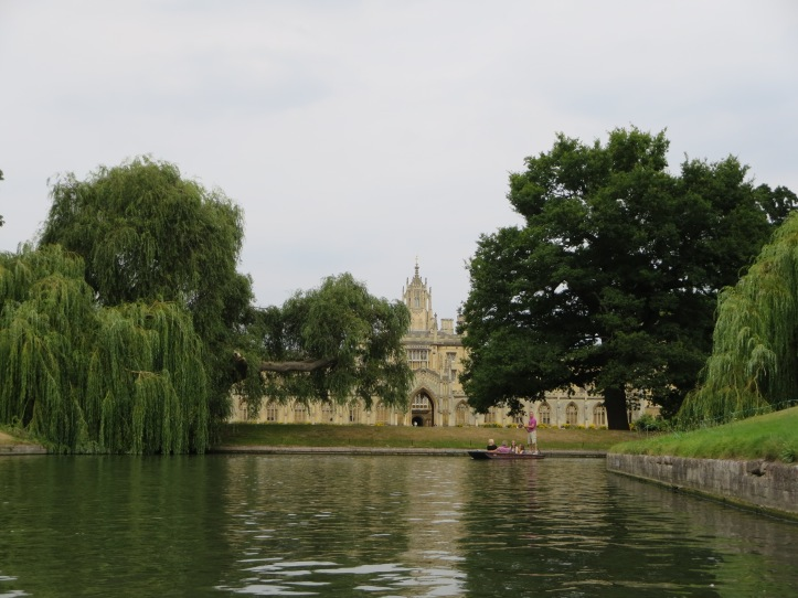 Cambridge: A Day Trip to London
